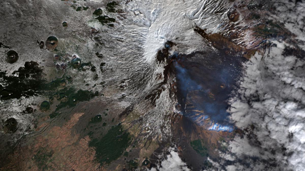 Etna volcano eruptions